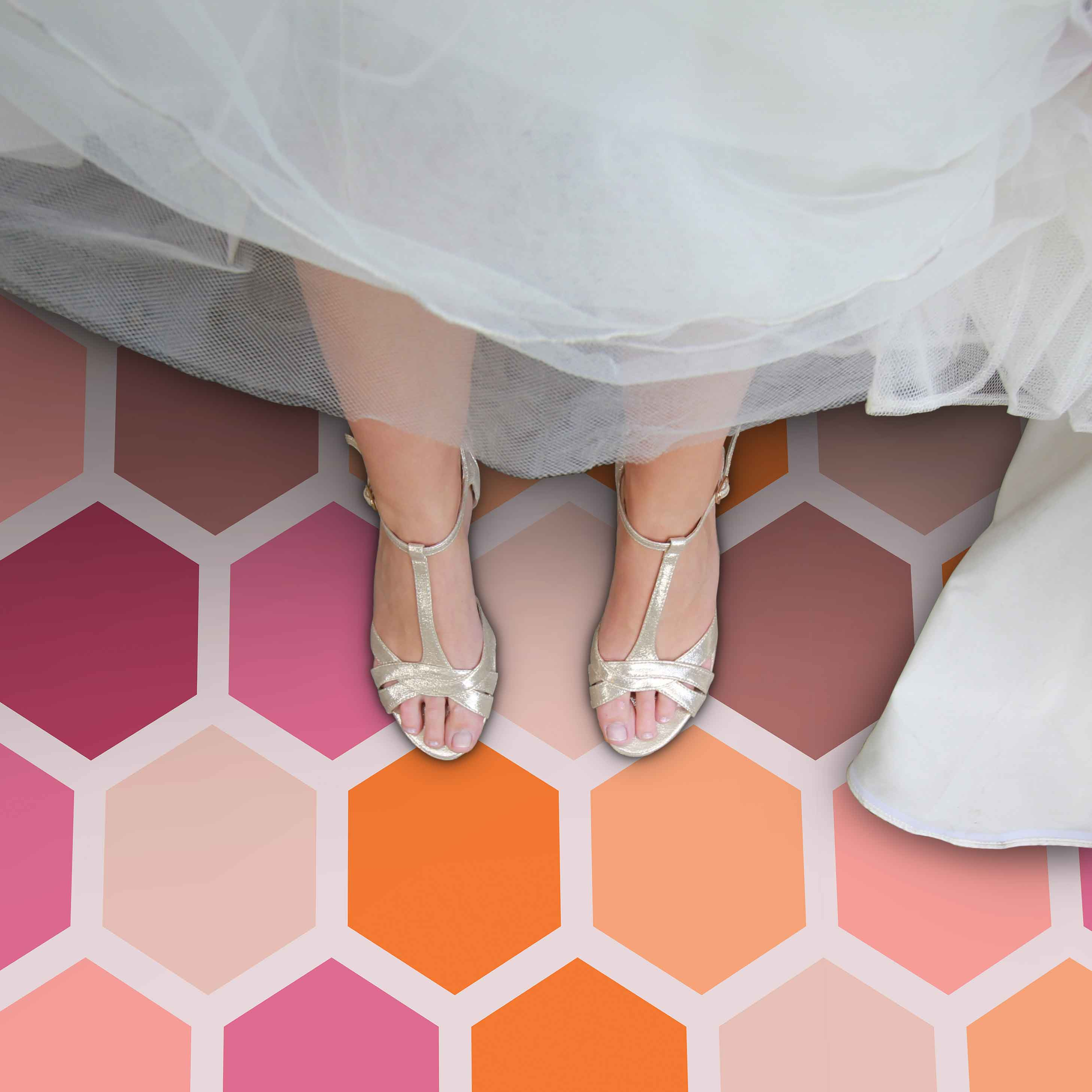 Image of Dials pattern in pastel shades for a wedding aisle runner from forthefloorandmore.com