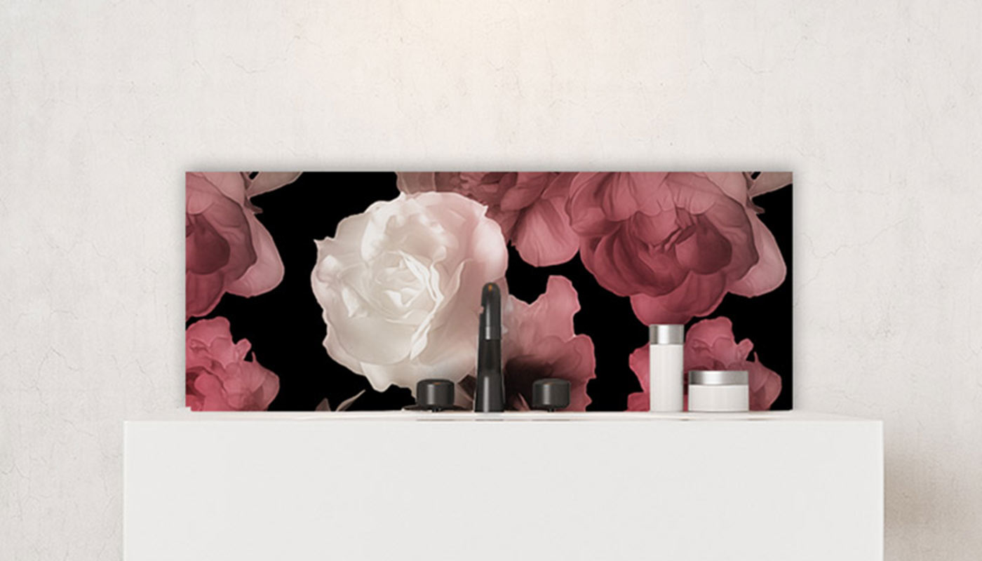 Image of Floral feature tile from forthefloorandmore.com