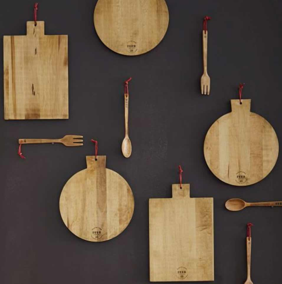 Image of assorted bespoke cutting boards used in a post by forthefloorandmore.com