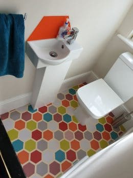 Customer photo of Dials honeycomb patterned vinyl flooring from a customer review of forthefloorandmore.com