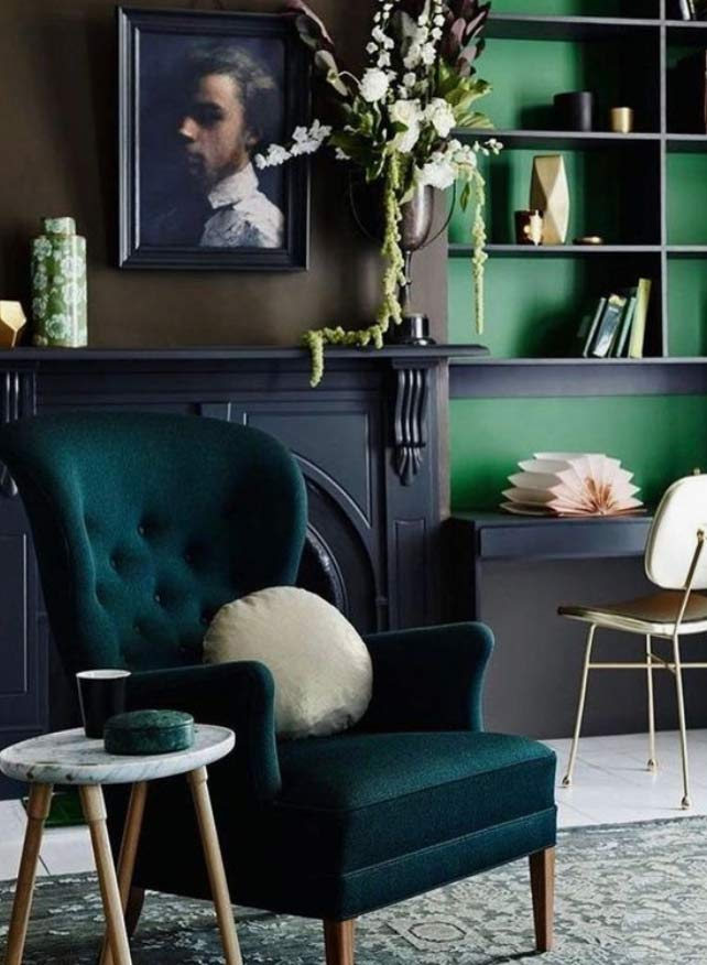 Victorian living room colours and textures : an image used in a blog post about Victorian styles in the modern home by forthefloorandmore.com